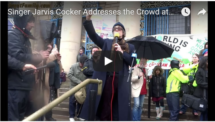 Jarvis Cocker Addresses the Crowd at Sheffield City Hall Anti Tree Felling Protest