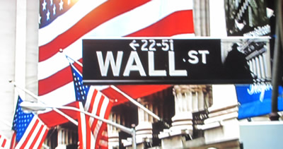 Wall Street is screaming: BUY, BUY, BUY foreign stocks!